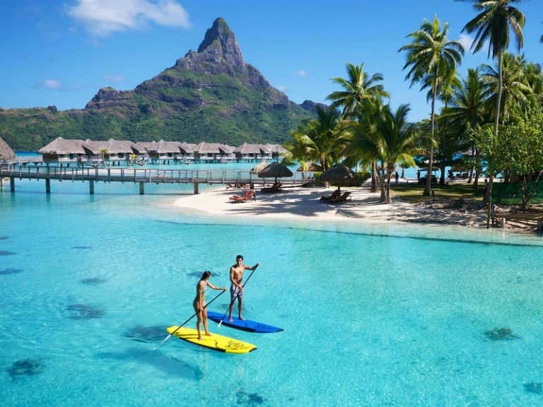Leisure Tahiti Paddle boarding